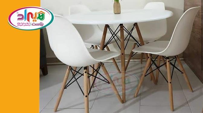 میز صندلی پایه چوبی